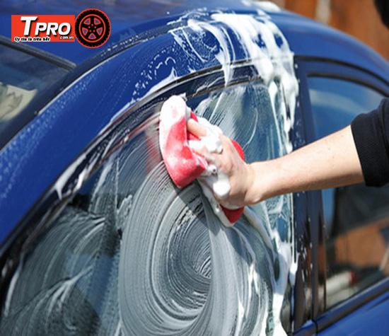 khăn lau rửa xe ô tô