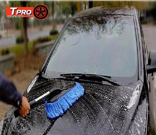 chổi rửa xe ô tô tiện lợi