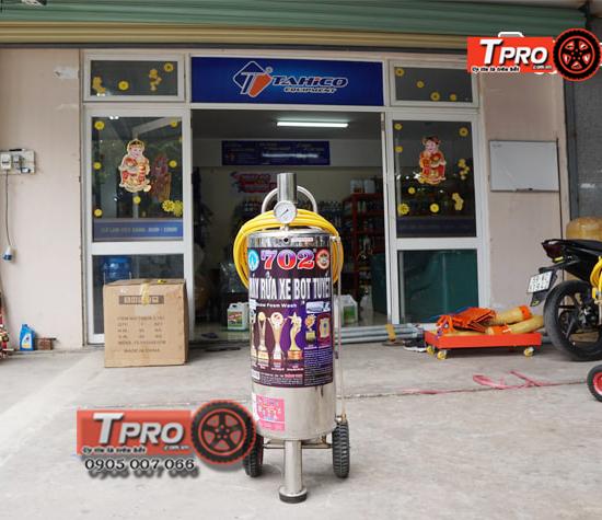 binh phun bot tuyet 702 24 lit