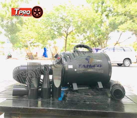 máy thổi khí nóng làm khô xe
