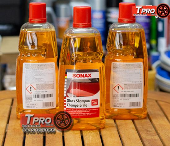 dung dich rua xe sonax gloss shampoo 1