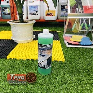 dung dich ve sinh noi that o to ventek interior care tpro 3